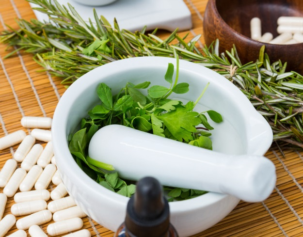 La nutrición y la fitoterapia combaten el envejecimiento